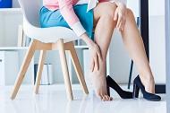 Senzatia de picioare grele, picioare umflate seara?