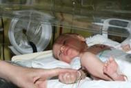La ce riscuri sunt supuşi copiii născuţi prin cezariană