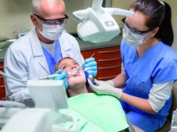 Ce trebuie să știi înainte de a merge de dentist