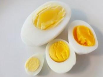 Cât de sănătoase sunt ouăle de găină?
