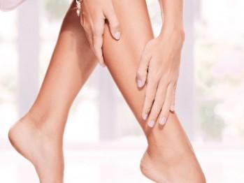 Cum să-ți îngrijești picioarele ca să previi varicele