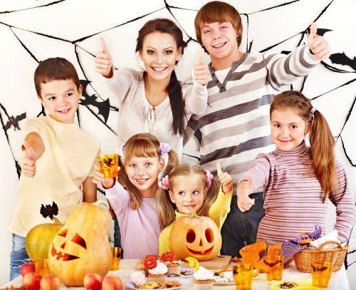 Cum ne distram de Halloween cu buget redus