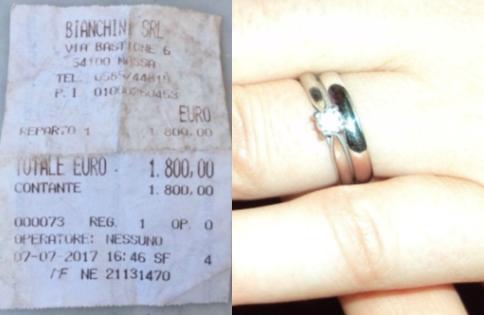 A cerut-o de soție și i-a dat un inel cu diamant. Apoi ea a găsit chitanța în buzunarul lui și totul s-a schimbat