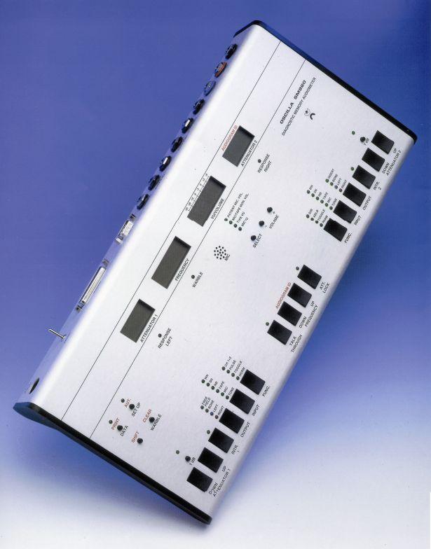 Audiometru clinic cu memorie oscilla sm960-c (cu 2 canale)