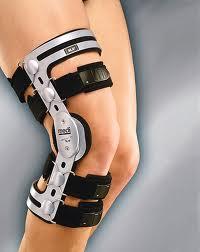 Orteza pentru genunchi mobile