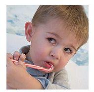 Alimentatia cu dulciuri poate distruge dentitia copilului tau