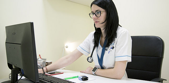 Bolnavii cu insuficienta cardiaca sunt mai fragili in fata infectiei cu coronavirus. Consultatii online gratuite oferite de ARES