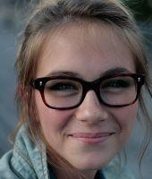 Eliminarea ochelarilor si a lentilelor de contact sau tratamentul viciilor de refractie