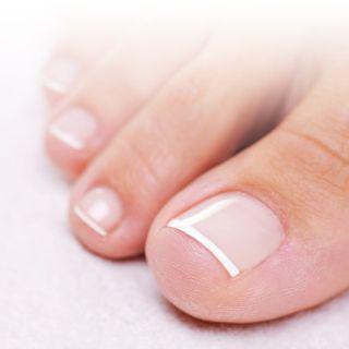 (P) Unghiile tale sunt pregatite pentru intalnirea cu sandalutele preferate?