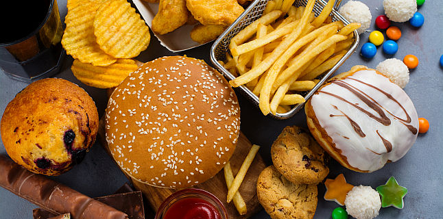 Rolul acizilor grasi in alimentatie. Ce cantitate este indicata pentru consum?
