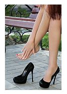 Cum va afecteaza  tocurile inalte picioarele