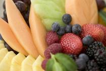 Dieta bogata in fructe si legume reduce riscul aparitiei pietrelor la rinichi