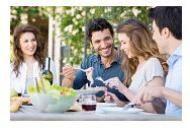 Cum va pot influenta prietenii comportamentul alimentar