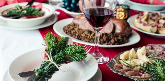 Abuzul de alcool si alimente in perioada sarbatorilor