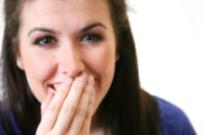 Alimente si bauturi care pateaza dintii