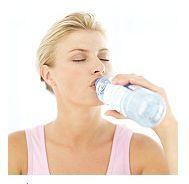 Consumul de apa ajuta sau nu la accelerarea metabolismului