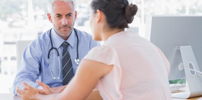 Cum recunoastem simptomele apendicitei?
