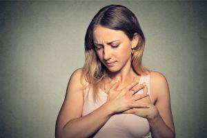 Cum stii ca ai probleme cu inima: simptome care sa iti dea de gandit