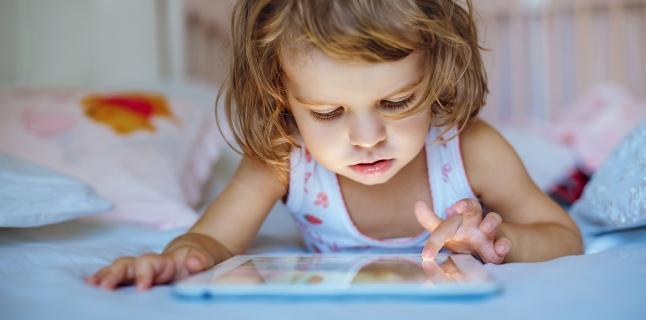 Ce este si cum se manifesta autismul virtual?