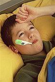 Medicamentele pentru tratarea racelilor la copii: care sunt riscurile?