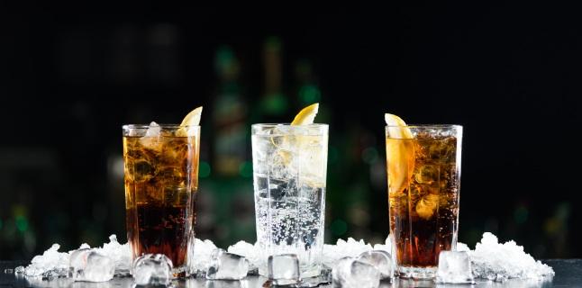 Taxa pe bauturile carbogazoase! Consumul, interzis minorilor!