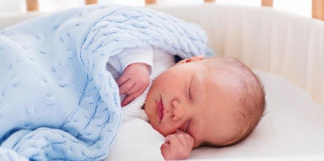 Somnul nou-nascutului: cand este cazul sa te ingrijorezi?