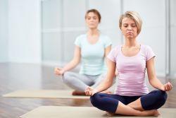 Ce beneficii aduc 10 zile de tacere si 100 de ore de meditatie