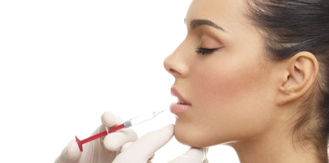 Botox, acid hialuronic - riscuri care apar in urma injectarii