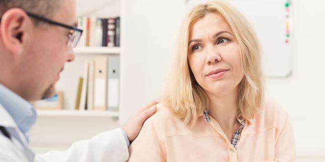 Simptomele si factorii de risc ai cancerului laringeal