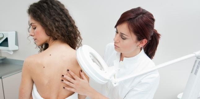 Factorii care influenteaza aparitia cancerului de piele