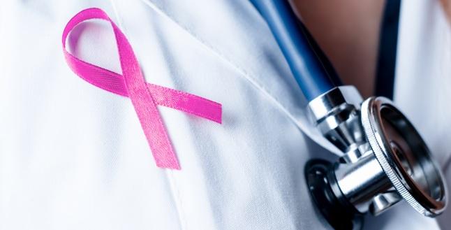Care sunt simptomele de depistare ale cancerului mamar?
