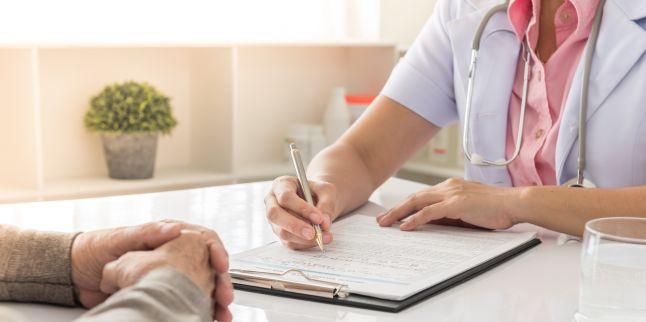 Cum recunoastem simptomele cancerului esofagian?