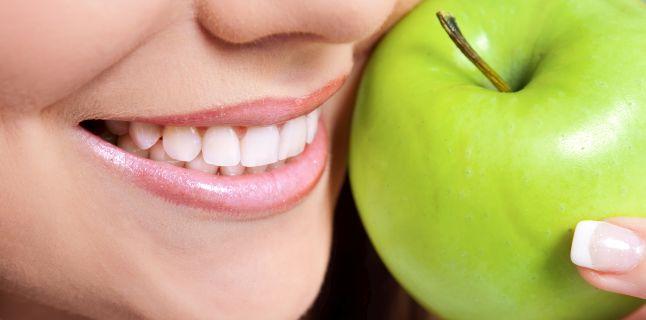 Dieta si cariile. Alimentele care favorizeaza distrugerea dintilor