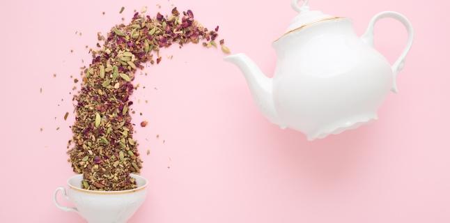 Ceaiuri din plante recomandate pentru ameliorarea afectiunilor digestive