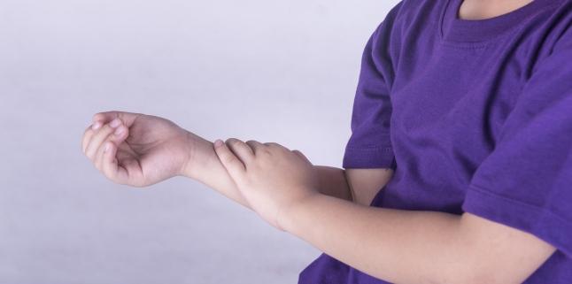 artrita juvenila la copii simptome