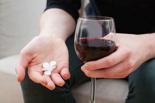Tot ce trebuie sa stii despre droguri: de la alcool, la cele mai periculoase stupefiante