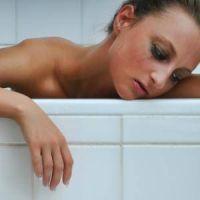 Depresia - simptome, tratament, urmari, cazuri celebre