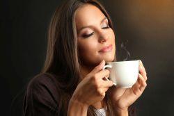 Dependentule de cofeina, ce faci atunci cand nu poti scapa din ghearele cafelei?