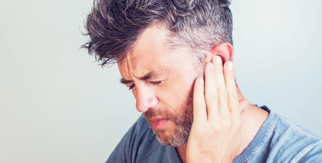 Inflamarea lobului urechii: cauze si optiuni de tratament