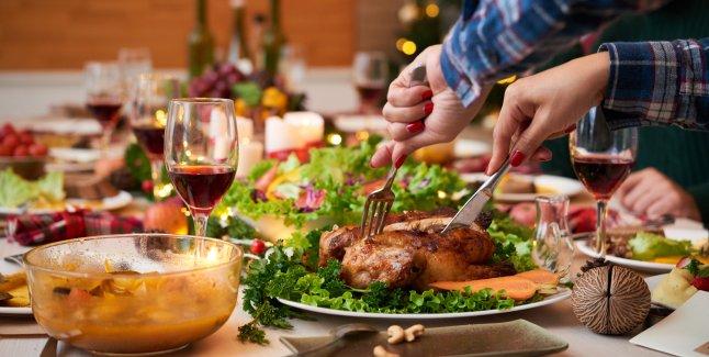 Cum poate fi evitat excesul alimentar de sarbatori?