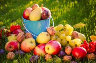 7 fructe care previn cancerul. Introdu-le in dieta ta!