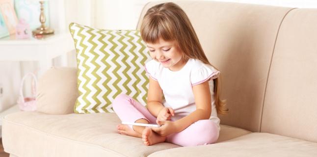 Afectiuni ce pot fi provocate de folosirea gadgeturilor in randul copiilor