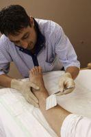 Am salvat piciorul sotului meu de la operatie cu pansamentele umede