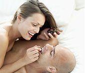 Metode pentru imbunatatirea relatiilor sexuale - alimentatie sanatoasa, exercitii fizice, relaxare si somn suficient