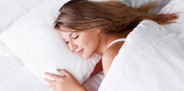 Aveti insomnii? Iata ce trebuie sa faceti pentru un somn linistit