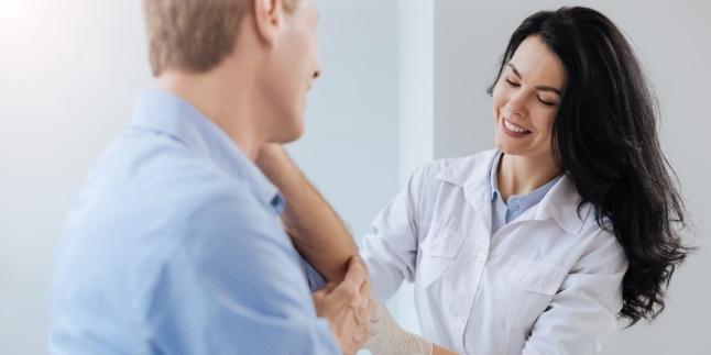 Keratoza actinica sau solara - factori de risc, simptome, tratament si preventie