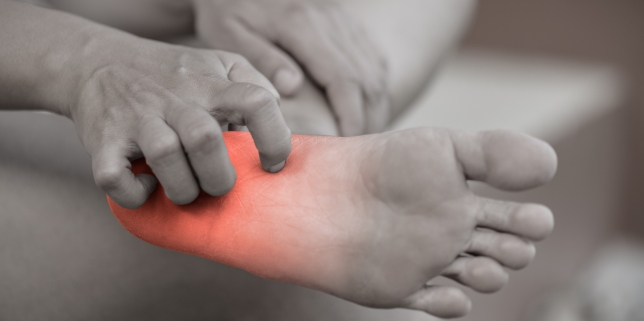 vindecați picioarele uscate cu mâncărime