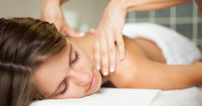 Masajul terapeutic. 13 beneficii pentru corp si minte
