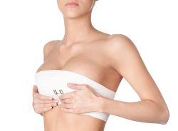 Reconstructia mamara – riscuri si beneficii