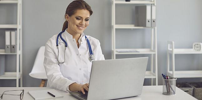 Telemedicina a devenit oficiala si in Romania! Ce servicii medicale video pot fi acordate de la distanta